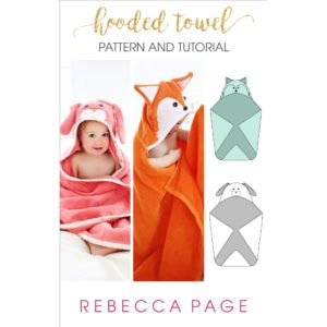 This FREE hooded towels tutorial is super cute and easy to make! Ideal baby shower gifts and warm, snuggly bath time essentials!