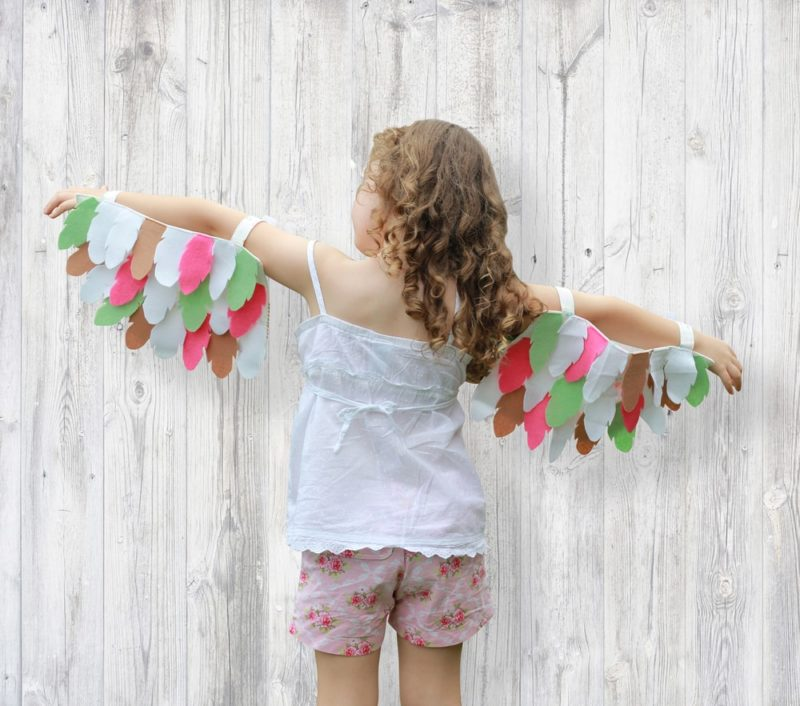 This felt wings pattern and tutorial is super easy to follow and the finished wings have such an incredible impact! Let your imagination fly!