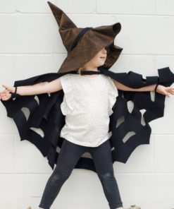Introducing the Spooktastic Cape & Hat, an all-ages Halloween costume pattern! It's super quick and easy and you can make it to fit any age child or adult.