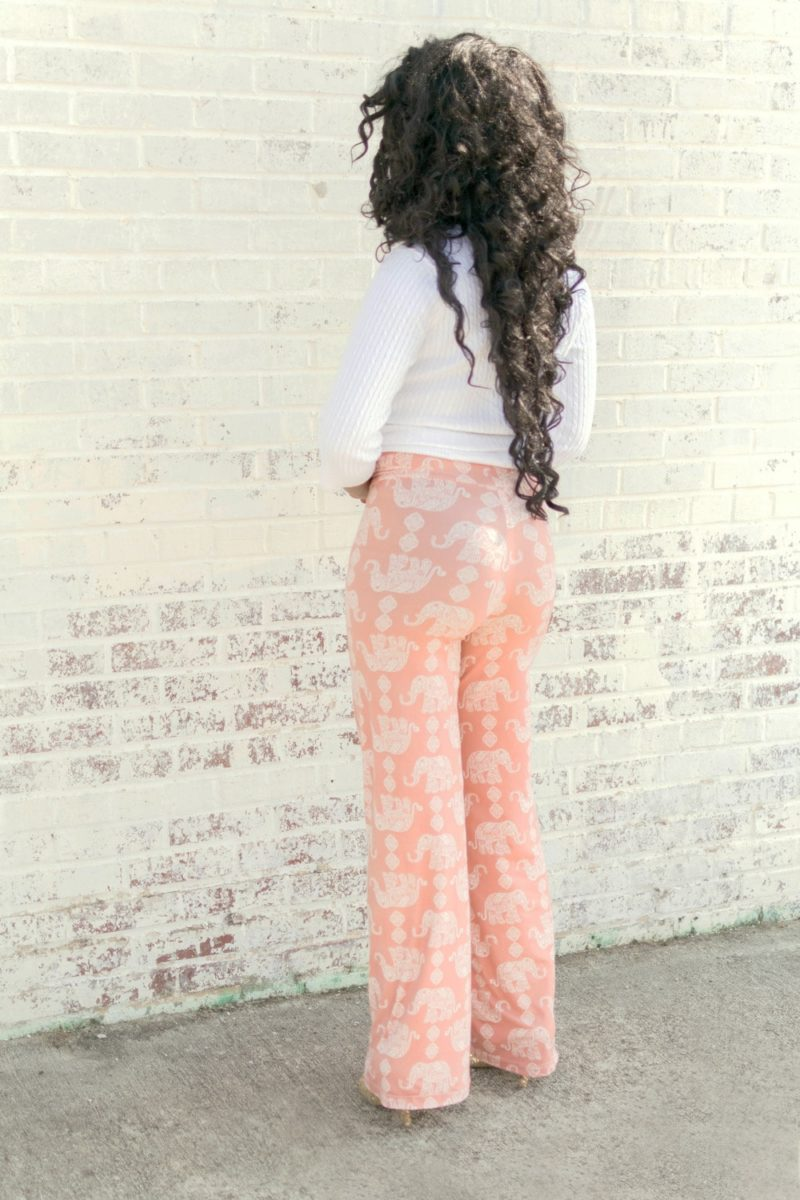 Super comfortable and really fast to make, this comfy stretch pants pattern comes in two lengths, two waistbands, two width options, and sizes XXS to 5XL.
