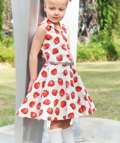 "The words ""simply"" and ""beautiful"" take shape in Sofia, the girls shirt dress sewing pattern. Add her to your pattern collection now!"