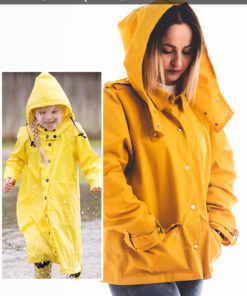 This anorak sewing pattern has me singing in the rain… and everywhere else! The Andie Anorak is so much more than just a rain coat!