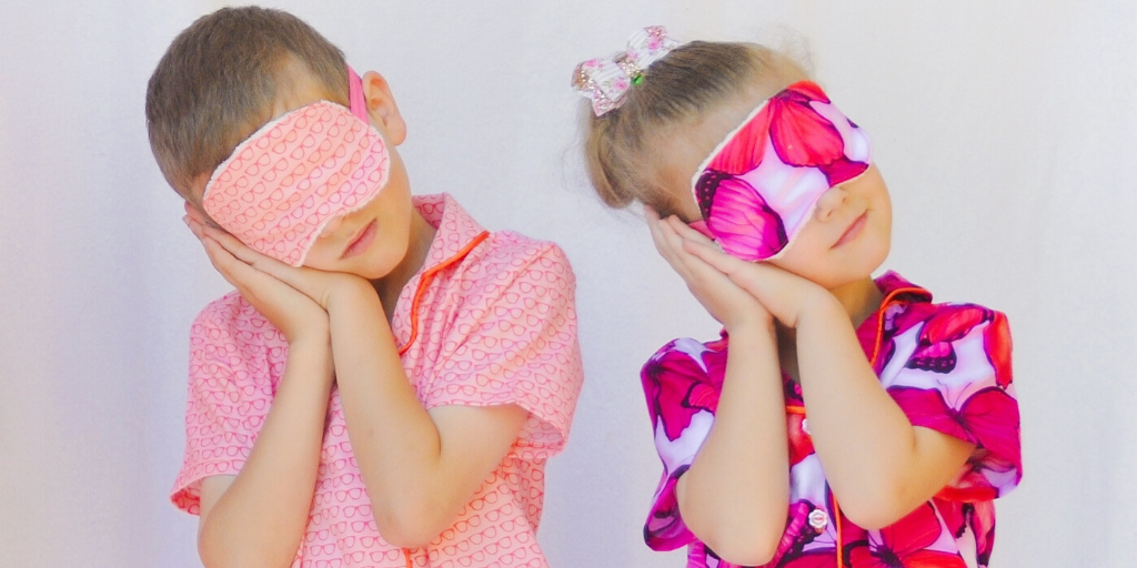 Sweet dreams 'til sunbeams find you with the simplest, quickest sew! The Sleep Mask swing pattern will help you leave your worries behind you and enjoy a relaxing night's sleep.