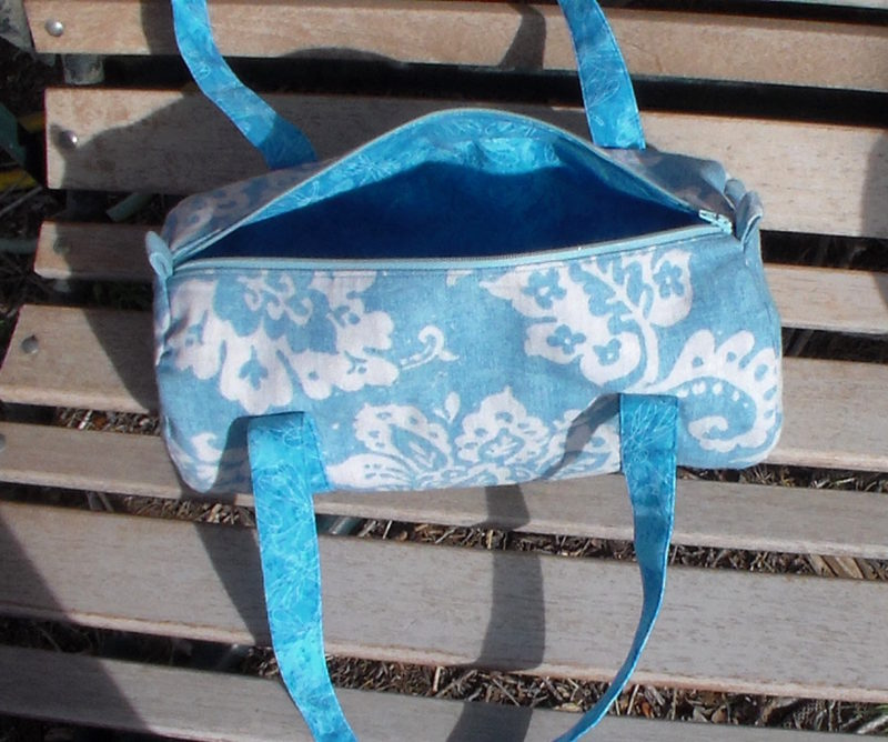 Keep track of all your small stuff with this scrap busting toiletry bag sewing pattern