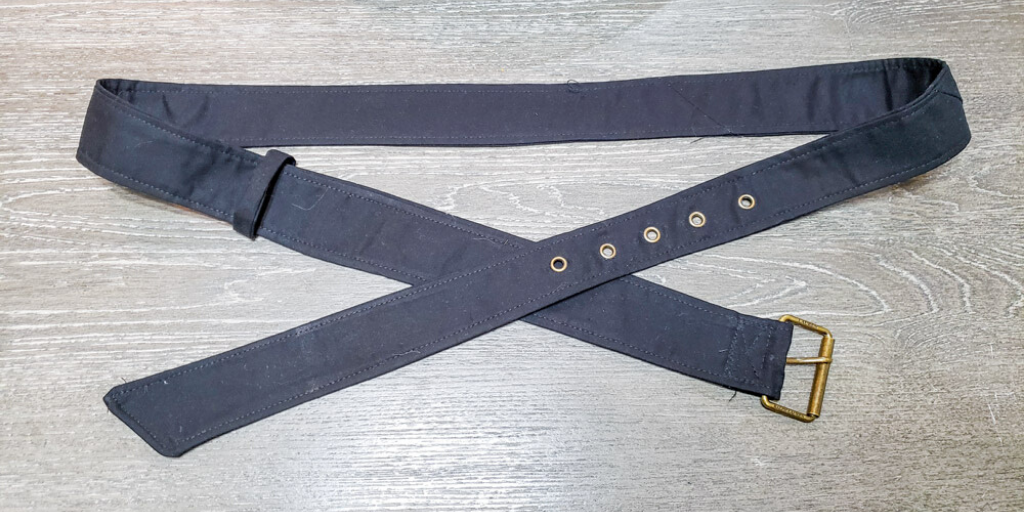 Make yourself the perfect finishing touch for your wardrobe with this belt sewing pattern. This super quick sew comes in 13 sizes.