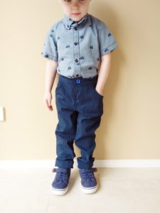 Pockets are important. We need pockets for all the things and this childrens cargo pants sewing pattern is all about the pockets!