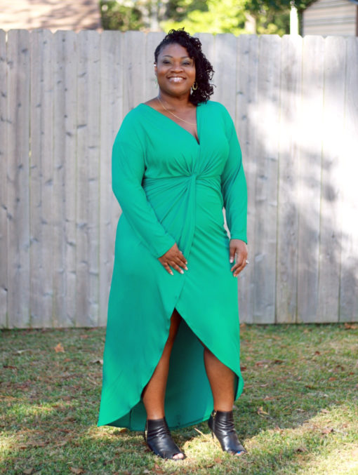 From printing to wearing in a few quick seams, this easy-to-sew Cocoon Knot Dress pattern is showstopper! Available in sizes XXS to 5XL