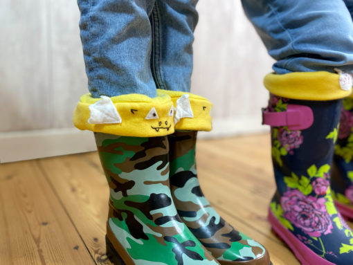 Keep warm and toasty with this quick and easy welly liner sewing pattern. Wear them inside your rain boots and have fun puddle jumping!