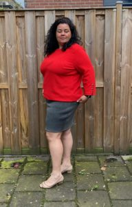 Sew yourself the ultimate in classic comfort and style with this figure-hugging high-waisted pencil skirt sewing pattern, available in women's sizes XXS to 5XL.